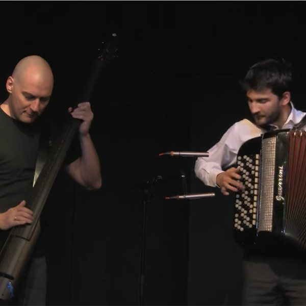 Jovan Torbica and Nikola Zaric playing Kolo